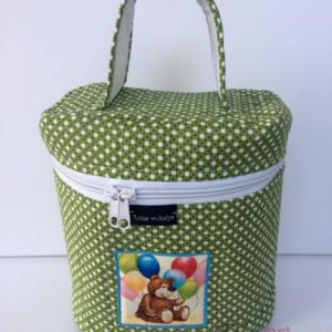 zöld pöttyös kozmetikai táska